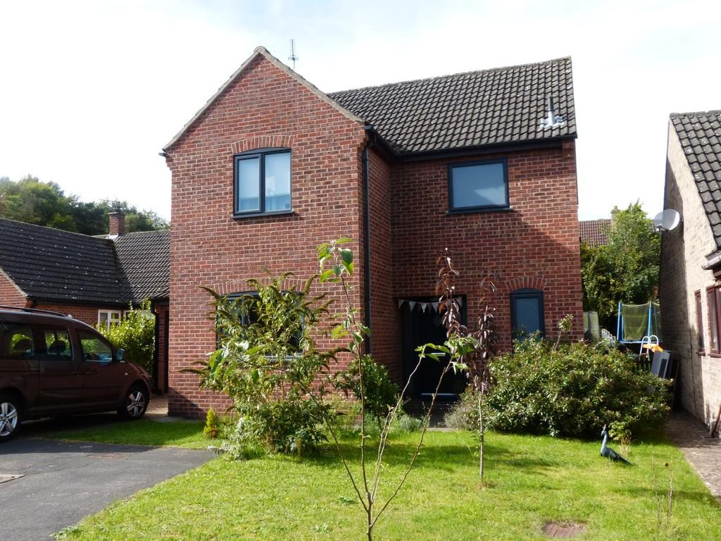 3 Bedrooms Detached House for sale in Adeane Meadow, Mundford