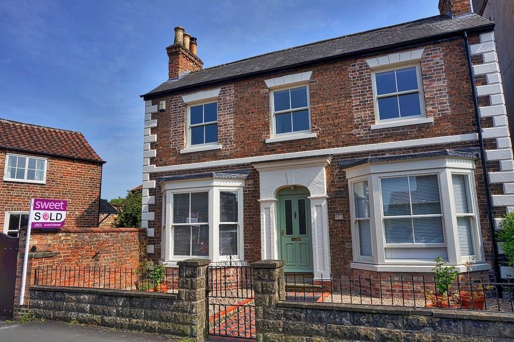 Union Street, Pocklington 4 bed detached house - £425,000