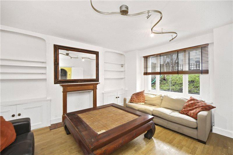 3 Bedrooms Flat for sale in Askew Road, Shepherds Bush, London, W12