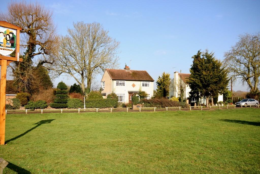 3 Bedrooms Detached House for sale in Roydon Green Cottage, High Street