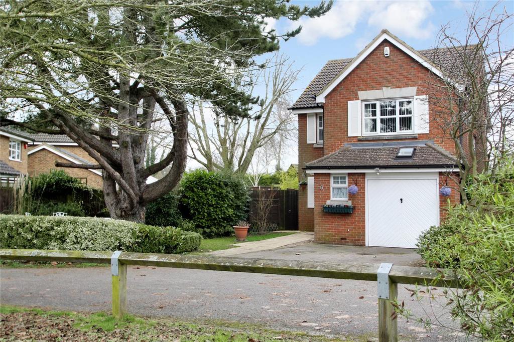 3 Bedrooms Detached House for sale in Jefferies Road, Stone, Aylesbury, HP17