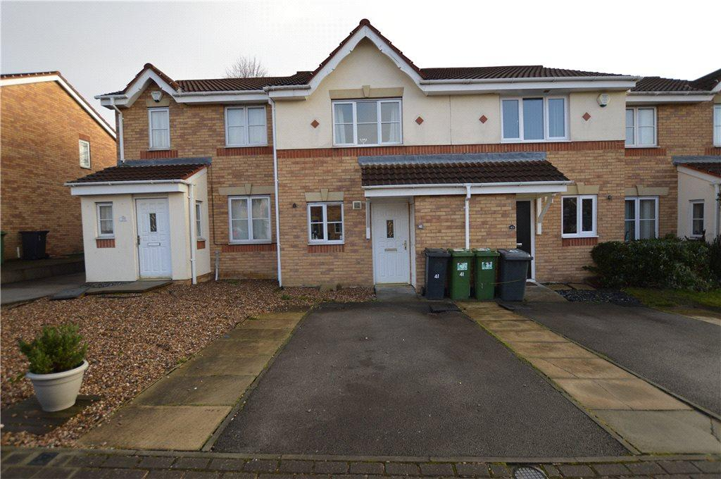 2 Bedrooms Semi Detached House for sale in Oakham Way, Leeds, West Yorkshire