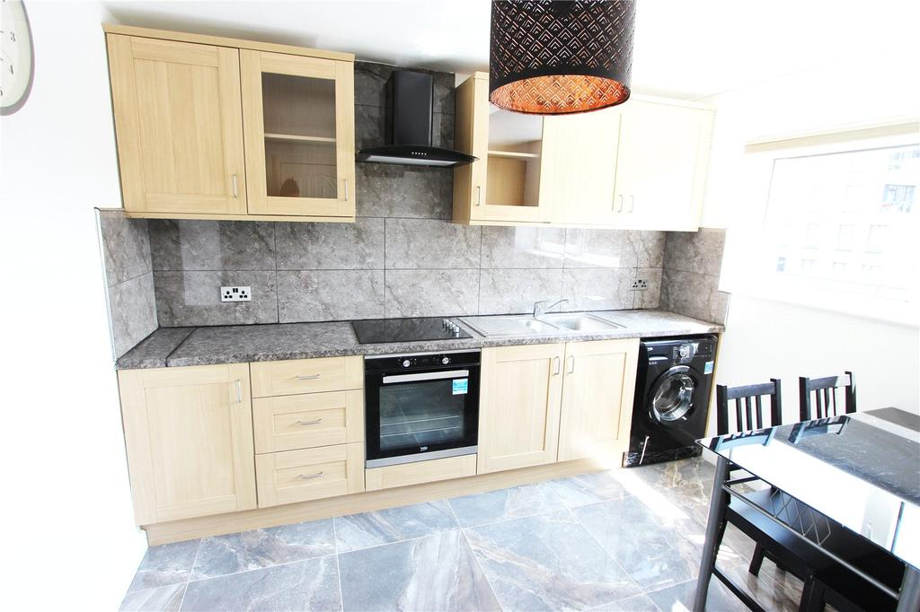 3 Bedrooms Apartment Flat for sale in Church Street,, Stratford, E15