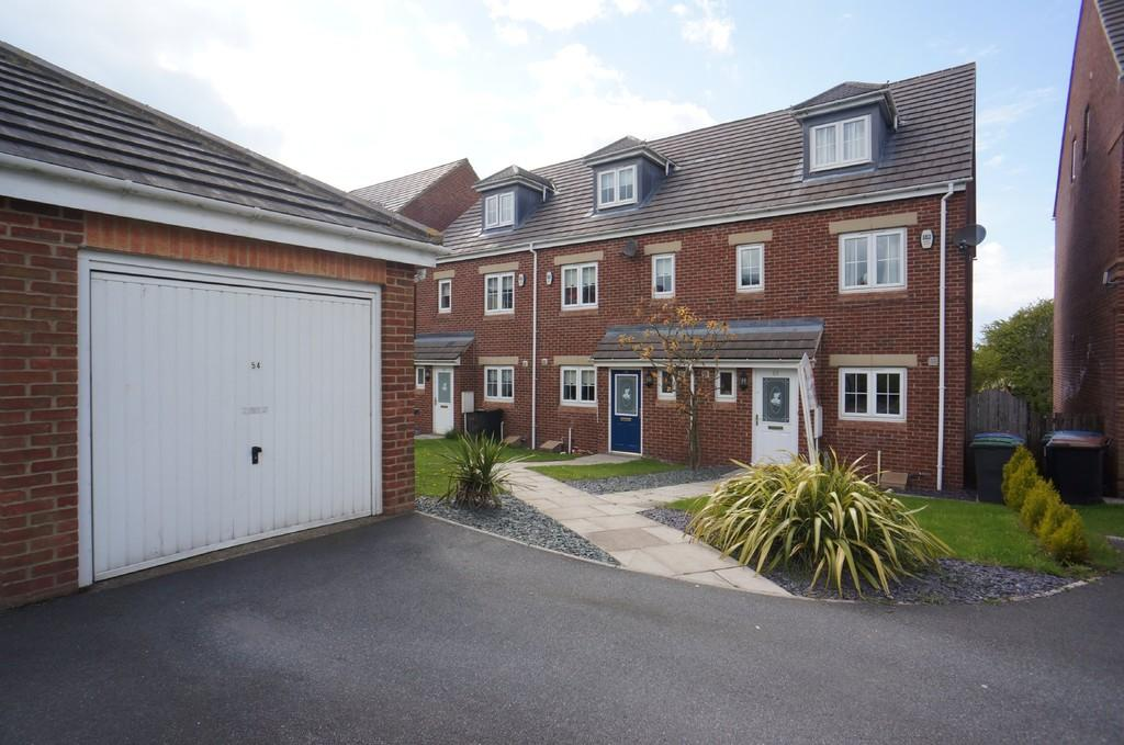 4 Bedrooms Town House for sale in Lily Gardens, Dipton, Stanley