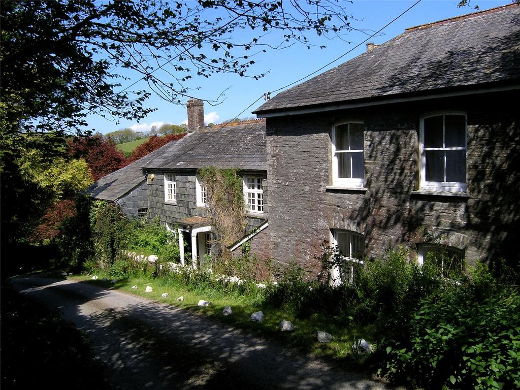5 Bedrooms Detached House for sale in South Petherwin, Launceston, Cornwall