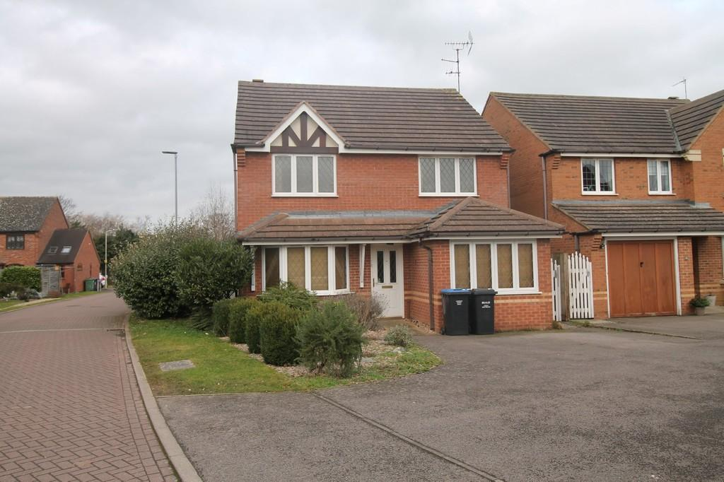 4 Bedrooms Detached House for sale in Summers Way, Market Harborough