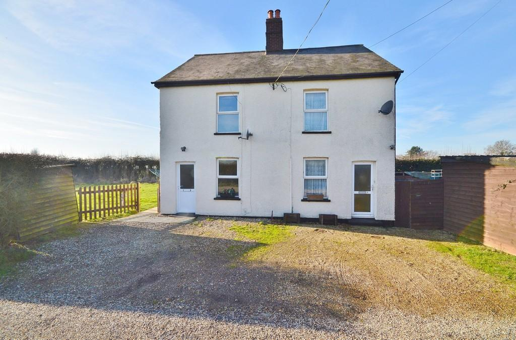 6 Bedrooms Detached House for sale in Clacton Road, Horsley Cross
