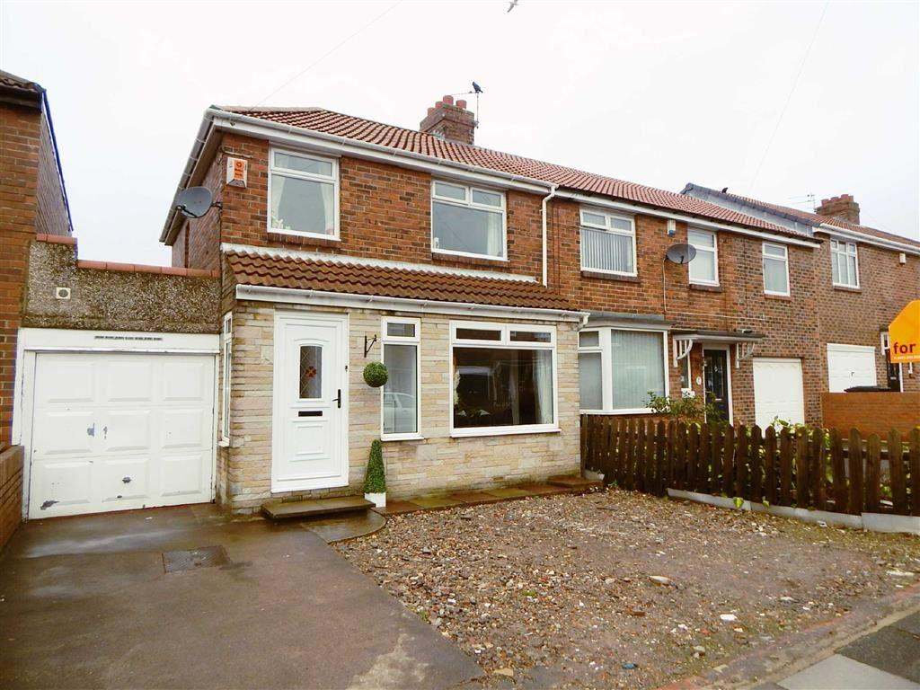 3 Bedrooms Terraced House for sale in Lauderdale Avenue, Kings Estate, Wallsend, NE28
