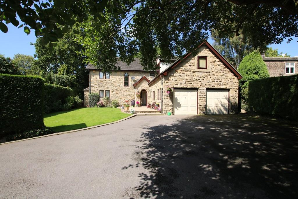4 Bedrooms Detached House for sale in Hall Lane, Chapelthorpe