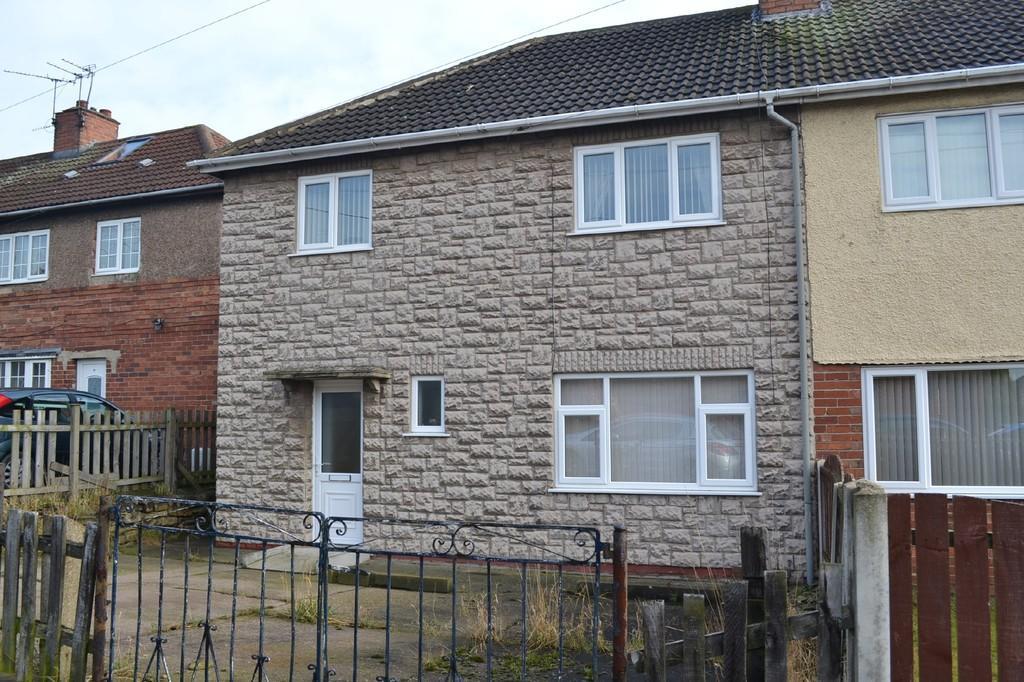 4 Bedrooms Semi Detached House for sale in Cross Street, Upton, Pontefract