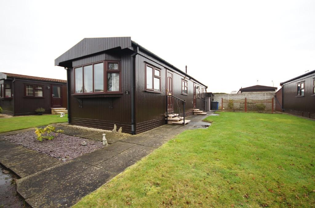 2 Bedrooms Park Home Mobile Home for sale in The Elms, Torksey