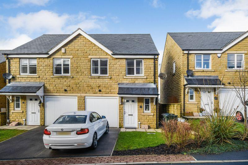 3 Bedrooms Semi Detached House for sale in Birkshead Mews, Wilsden BD15 0FL