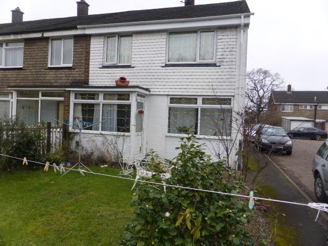3 Bedrooms End Of Terrace House for sale in Chertsey