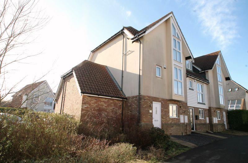 3 Bedrooms Terraced House for sale in Hawkinge, Folkestone