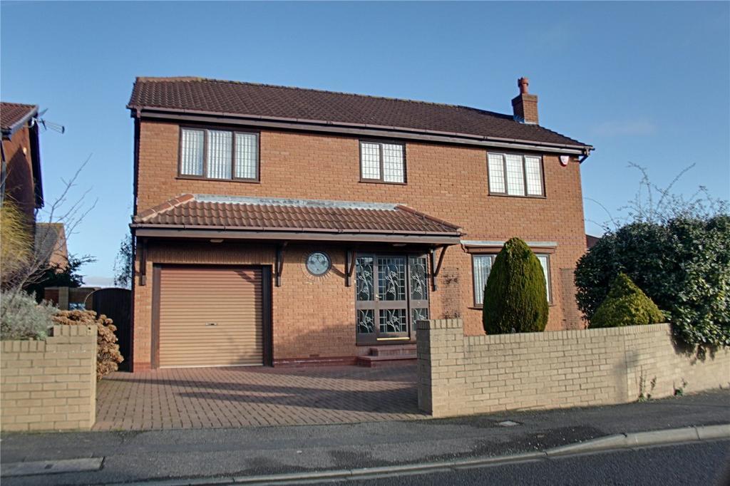 4 Bedrooms Detached House for sale in Priorwood Gardens, Ingleby Barwick