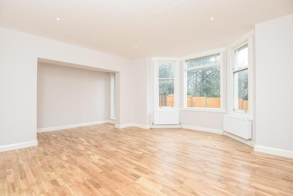 2 Bedrooms Flat for sale in Muswell Road, Muswell Hill