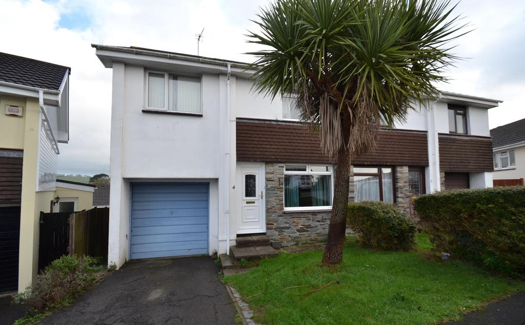 3 Bedrooms Semi Detached House for sale in Britten Drive, Barnstaple
