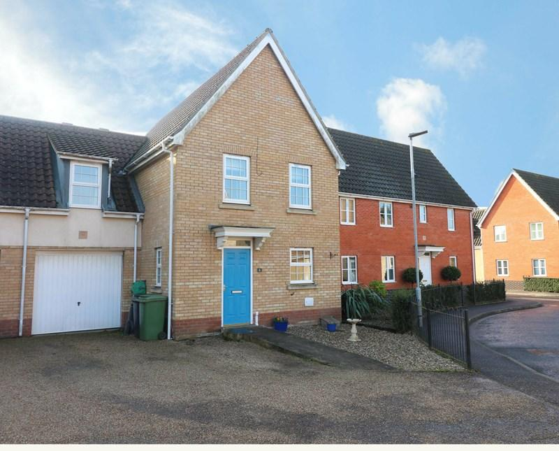4 Bedrooms Link Detached House for sale in Papillon Road, Wymondham