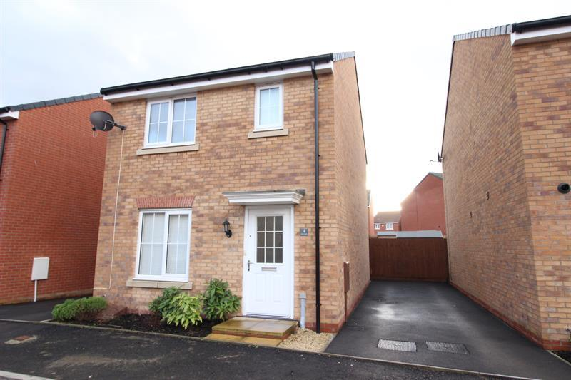 3 Bedrooms Detached House for sale in Lle'r Gelli, Caerphilly