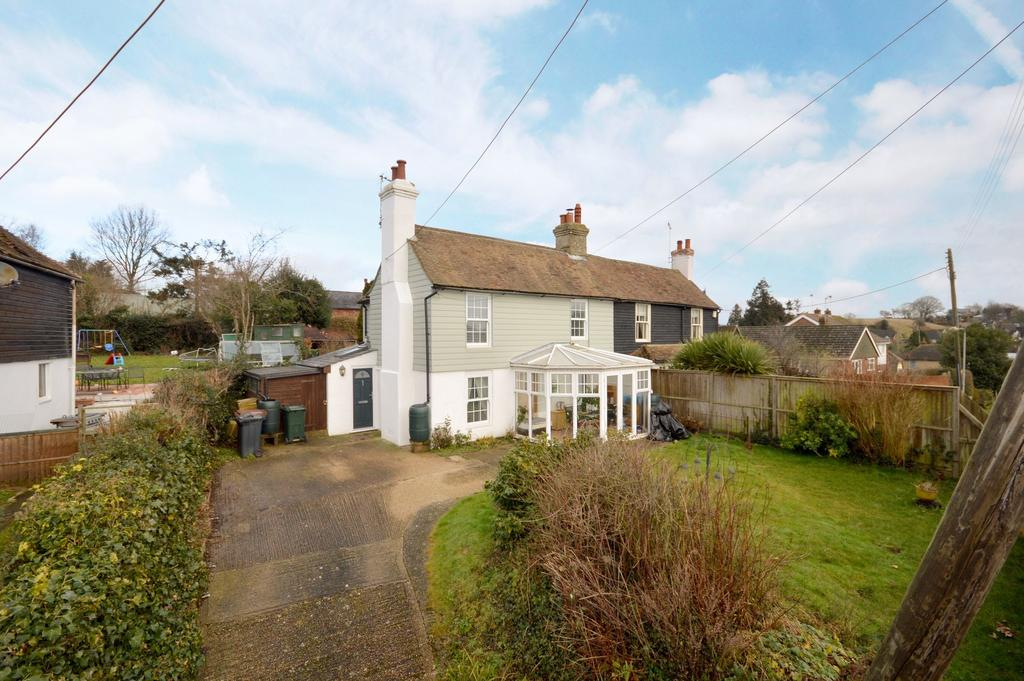 3 Bedrooms Semi Detached House for sale in Smeeth, TN25