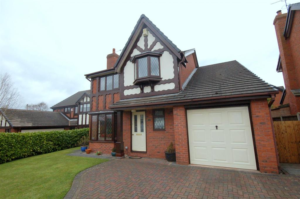 3 Bedrooms Detached House for sale in Yew Tree Court, Alsager