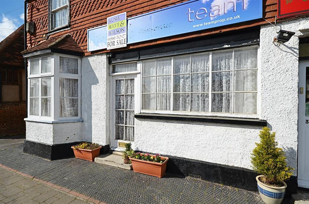 3 Bedrooms Flat for sale in High Street, Biddenden, Ashford