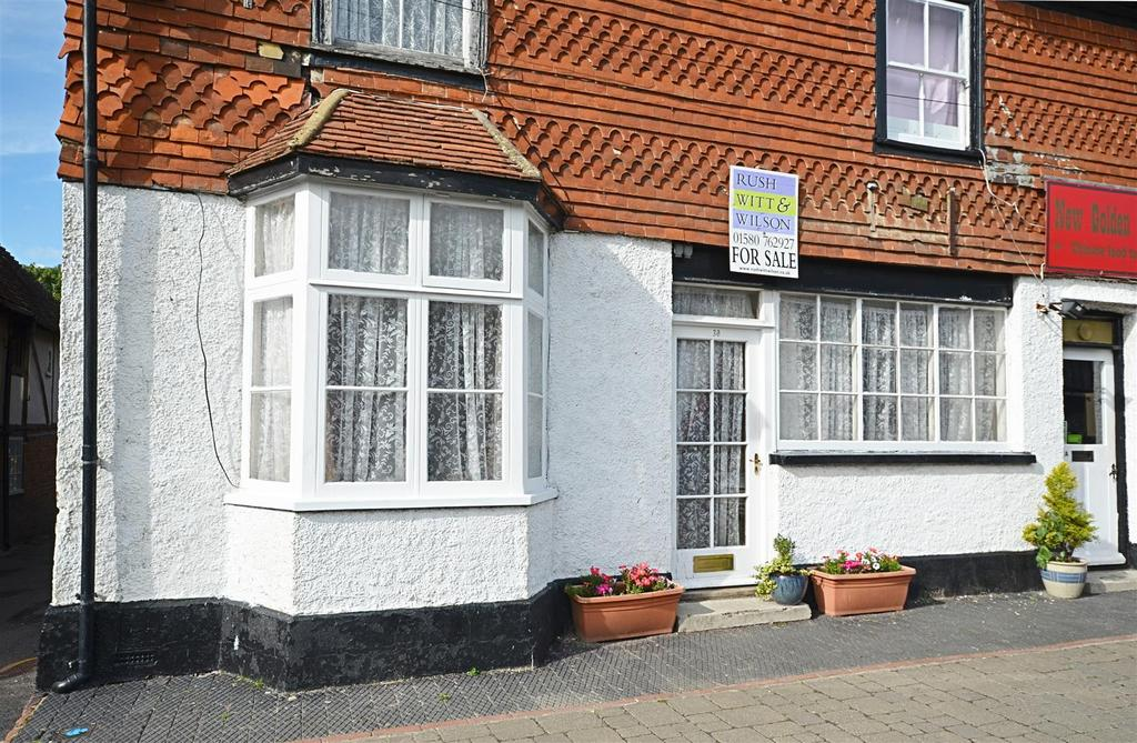 3 Bedrooms Flat for sale in High Street, Biddenden, Ashford