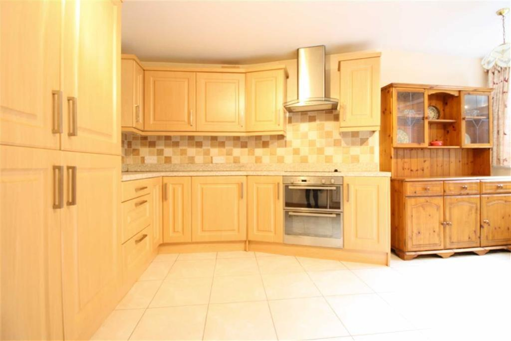 2 Bedrooms Terraced House for sale in Windsor Street, Trecynon, Aberdare