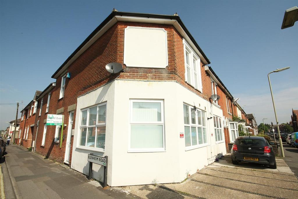 1 Bedroom Flat for sale in Blenheim Road, Eastleigh