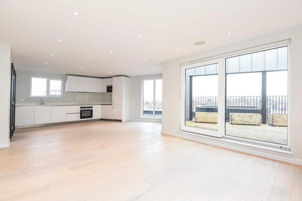 2 Bedrooms Flat for sale in Haydon Park Road, Wimbledon, SW19