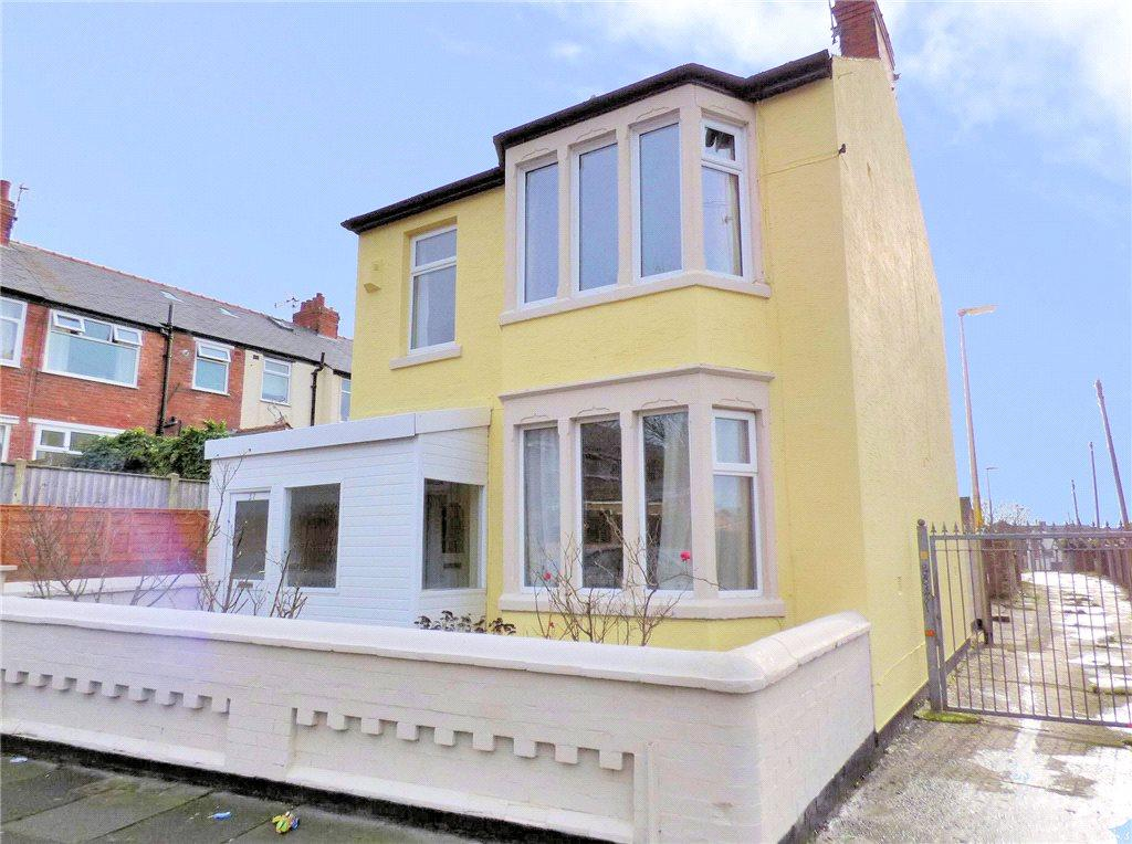 3 Bedrooms Detached House for sale in Granville Road, Blackpool, Lancashire