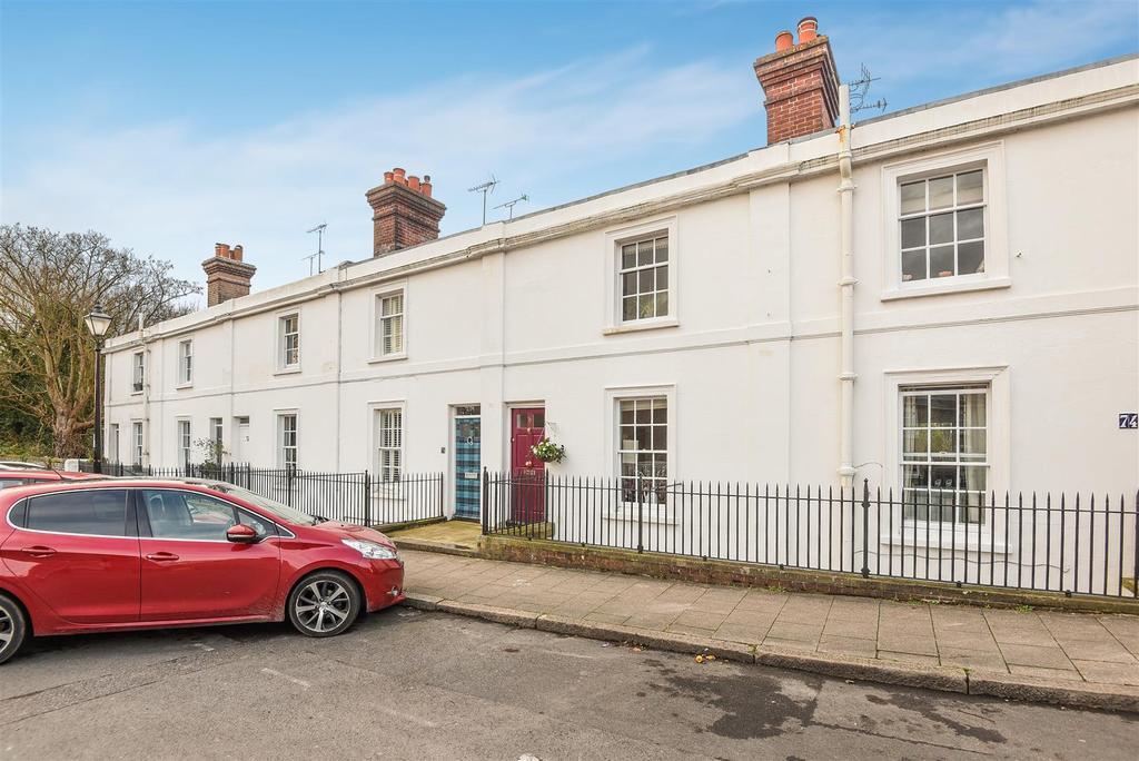 3 Bedrooms Terraced House for sale in Maltravers Street, Arundel