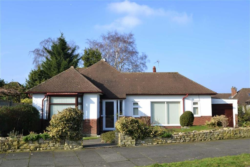 2 Bedrooms Detached Bungalow for sale in Monks Way, Petts Wood, Kent