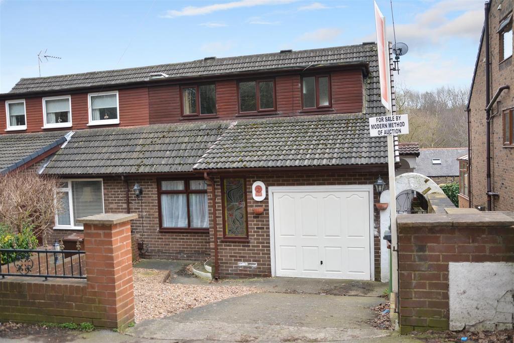 3 Bedrooms Semi Detached House for sale in Swinnow Lane, Bramley