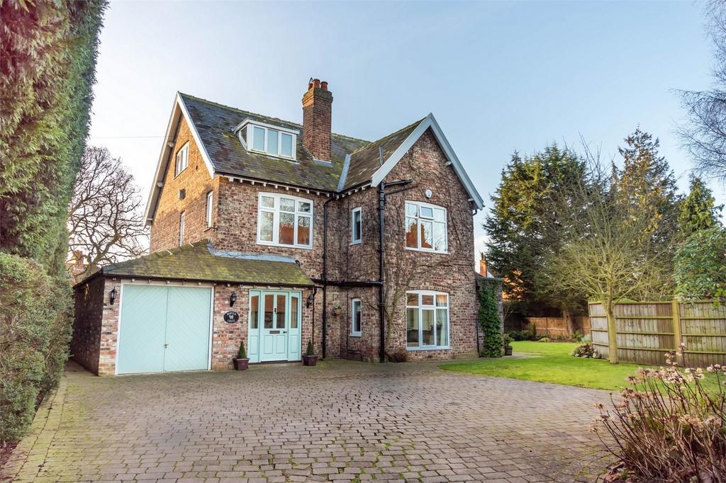 5 Bedrooms Detached House for sale in Tadcaster Road, Copmanthorpe, York