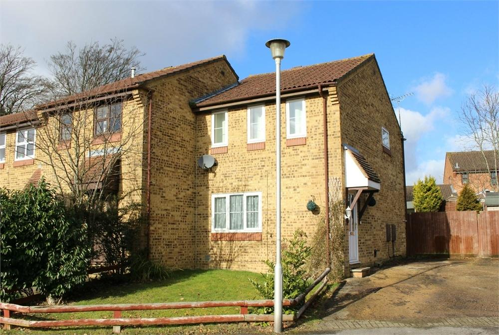 3 Bedrooms End Of Terrace House for sale in Mallowdale Road, Forest Park, Bracknell, Berkshire