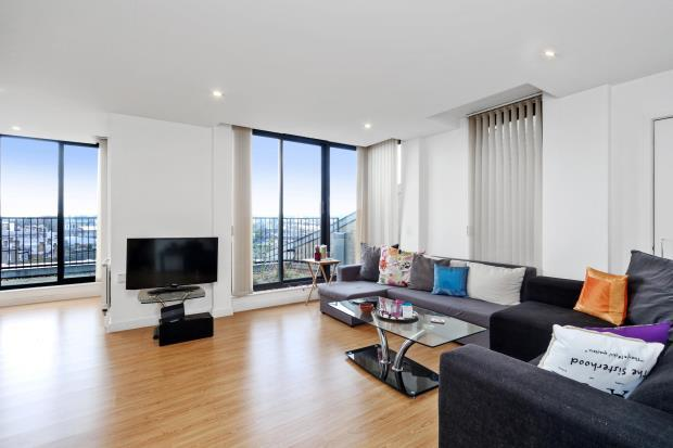 2 Bedrooms Flat for sale in Cubitt Court, 100 Park Village East, Camden, London, NW1