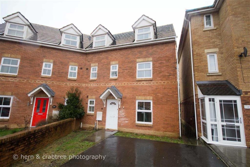 4 Bedrooms Semi Detached House for sale in Reardon Smith Court, Llandaff Borders, Cardiff