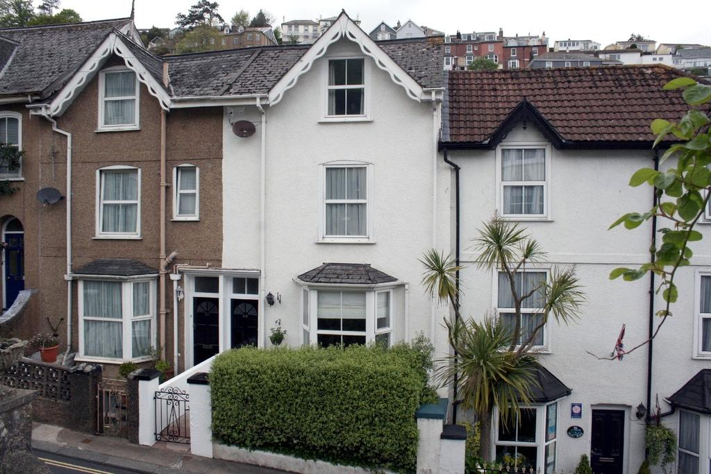3 Bedrooms Terraced House for sale in Victoria Road, Dartmouth, TQ6