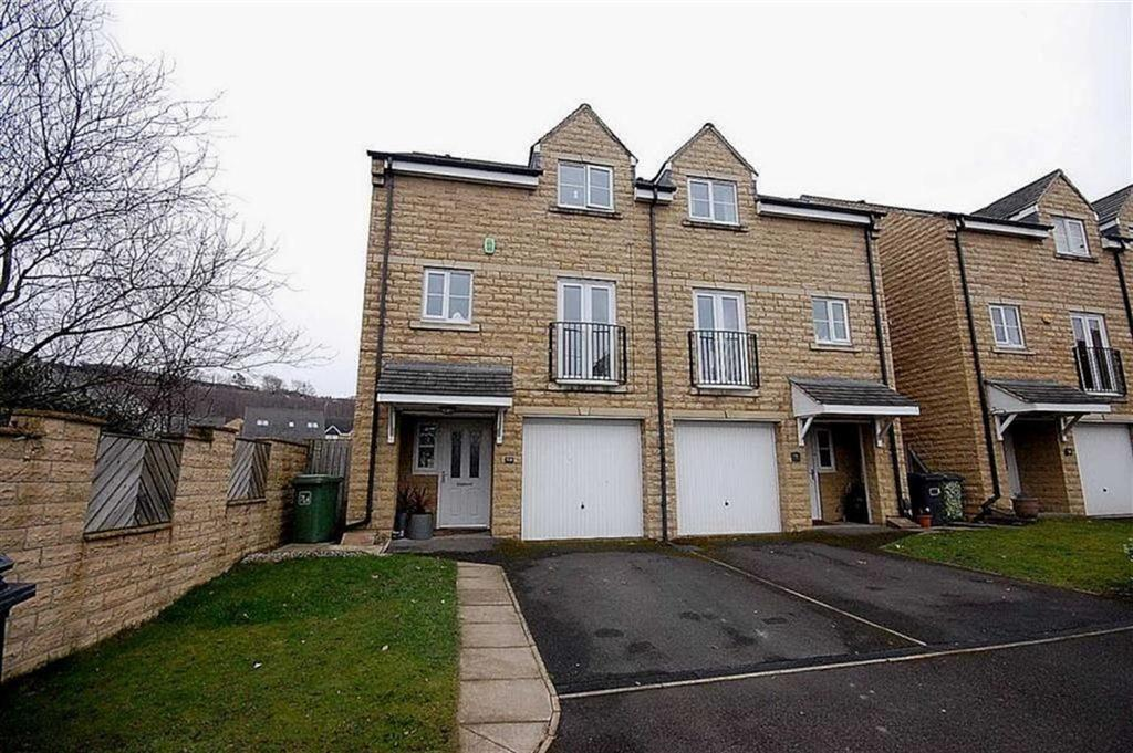 4 Bedrooms Semi Detached House for sale in Fenay Bridge Road, Huddersfield, HD8
