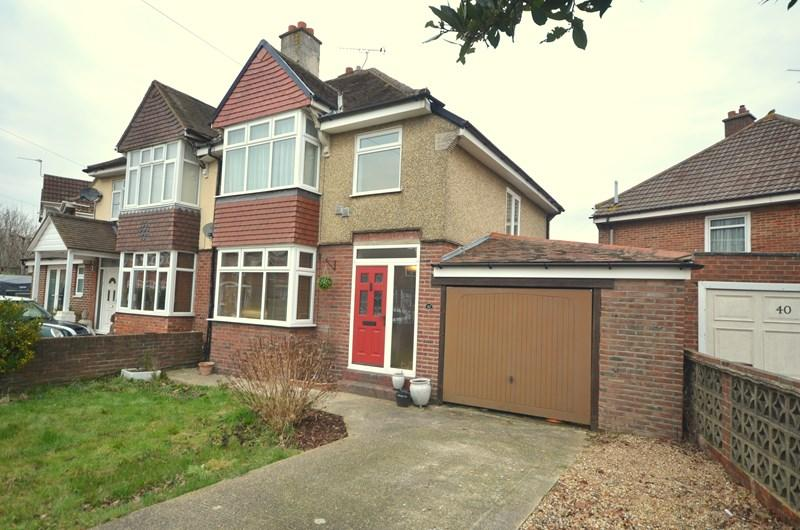 3 Bedrooms Semi Detached House for sale in Donaldson Road, Cosham, Portsmouth