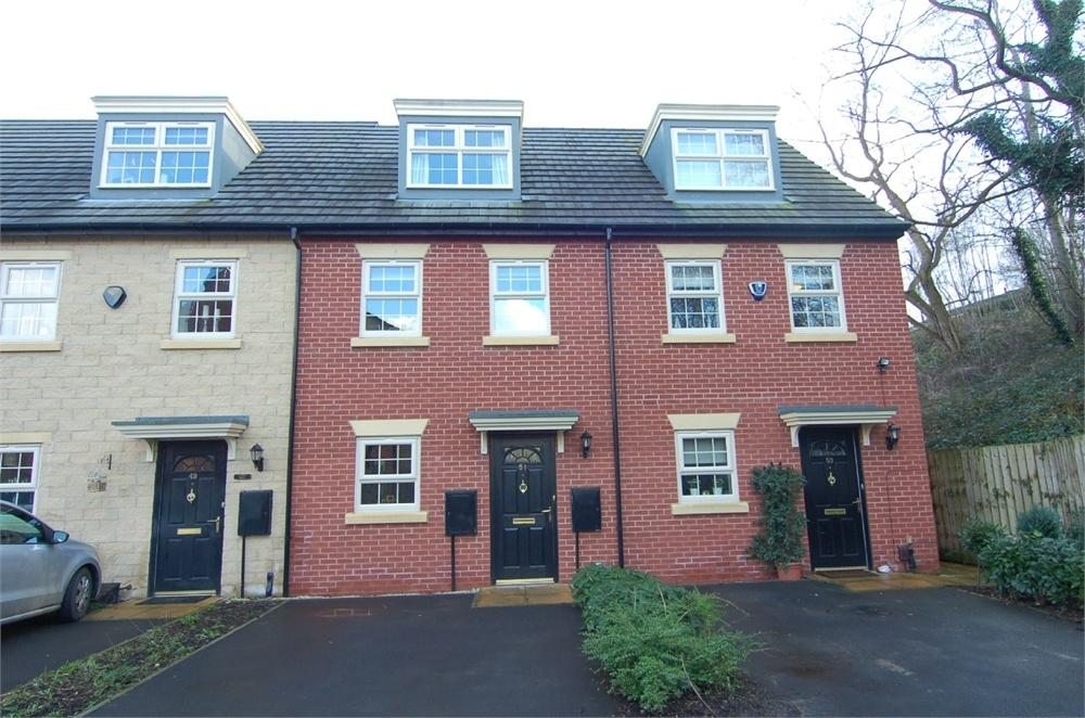 3 Bedrooms Town House for sale in Woodbourn Gardens, Wombwell, BARNSLEY, South Yorkshire