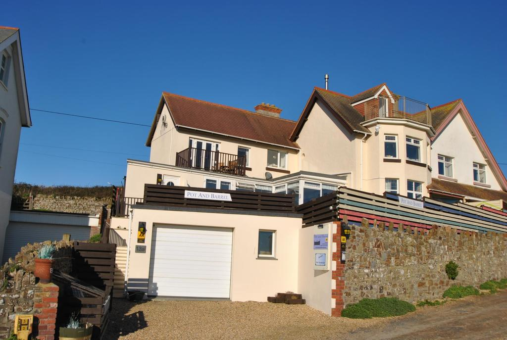 3 Bedrooms Unique Property for sale in Crooklets, Bude