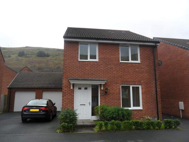 4 Bedrooms Detached House for sale in Ffordd Y Glowyr , Godrergraig, Swansea.