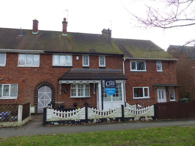 3 Bedrooms Terraced House for sale in Glastonbury Crescent,Bloxwich,Walsall