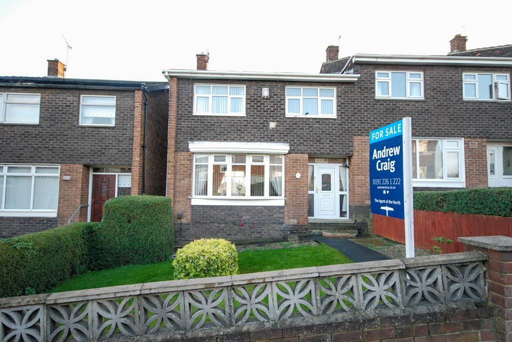 3 Bedrooms Semi Detached House for sale in Kings Clere Avenue, Downhill