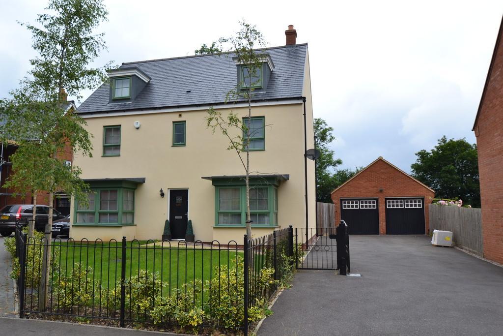5 Bedrooms Detached House for sale in Constance Street, Buckingham