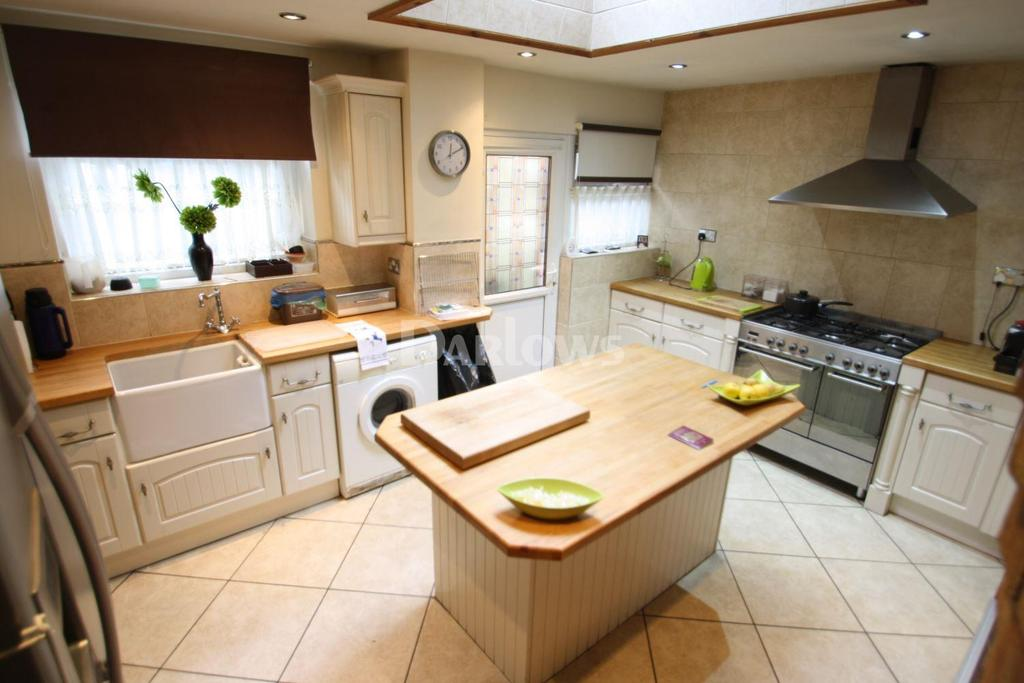 3 Bedrooms Terraced House for sale in Tylacelyn Rd, Tonypandy