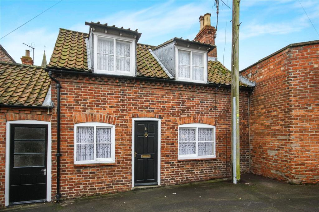 2 Bedrooms Semi Detached House for sale in Church Lane, Sleaford, Lincolnshire, NG34