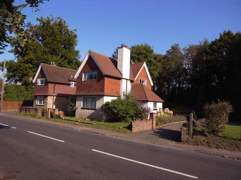 4 Bedrooms Semi Detached House for sale in Birtley Road, Bramley, Guildford, Surrey, GU5